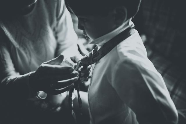 Fixing a tie