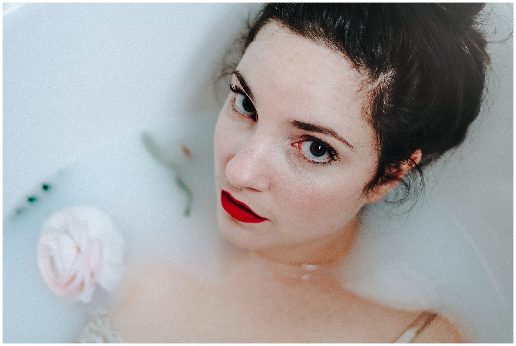 Milk Bath Photography captured by Amy Louise Photography