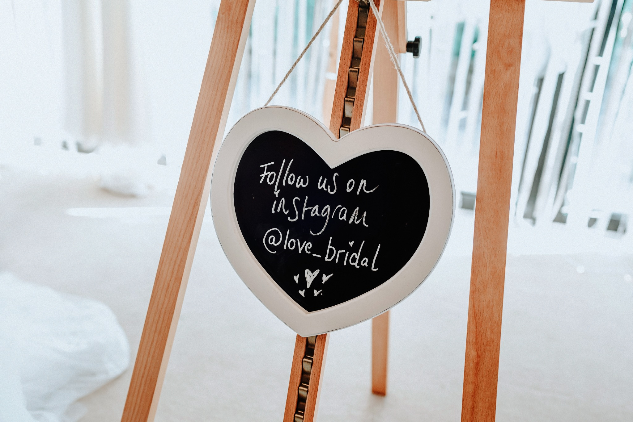 Love Bridal Heart sign